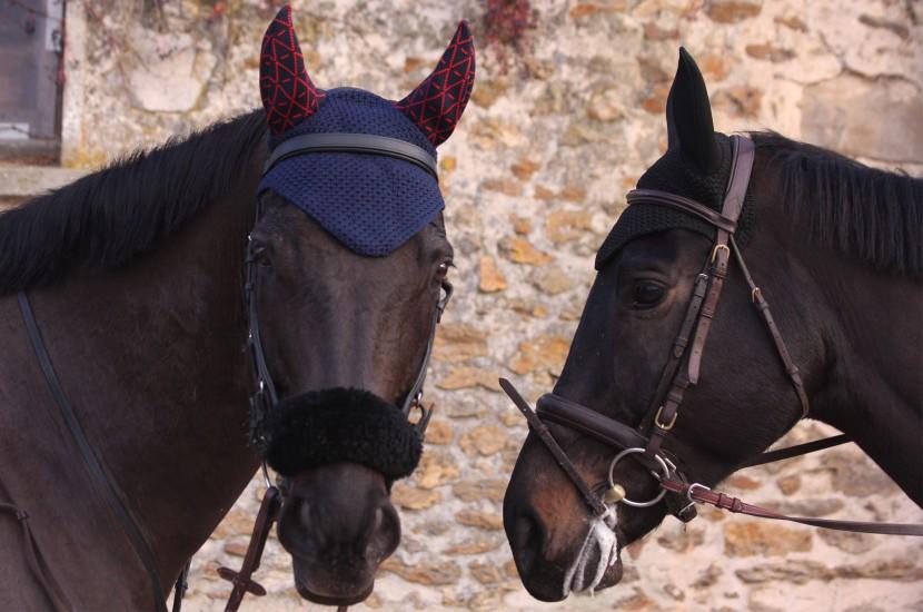 Tacante - Bonnet INFI-KNIT bleu marine all over rouge made in FRANCE