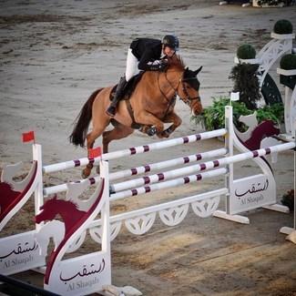 [Tacante Family] Magnifique 6eme place pour @titouan_schumacher_officiel et Elliot Brimbelles Z dans l'épreuve 1,50 du jour au CHI de Doha. On croise les doigts pour la suite 🤞🤞🍀🍀💪🏻💪🏻 📸 @clemence_deman  // #tacante #tacantefamily #showbumping #chidoha #doha #saddlepad #earnet #madeinfrance #equestrianstyle